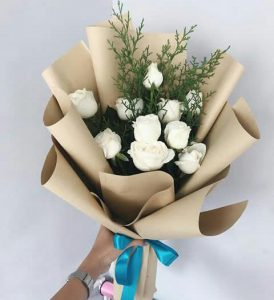 bucket bunga tangan dan Papan Bunga di Kantin