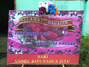 karangan Papan Bunga di Sitamiang